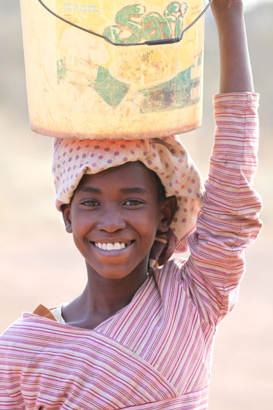 sponsor-girl-africa-school